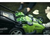 Газонокосилка аккумуляторная  G-MAX 40V GREENWORKS G40LM49DBK6 + Ножницы для травы Gardena Classic в подарок!